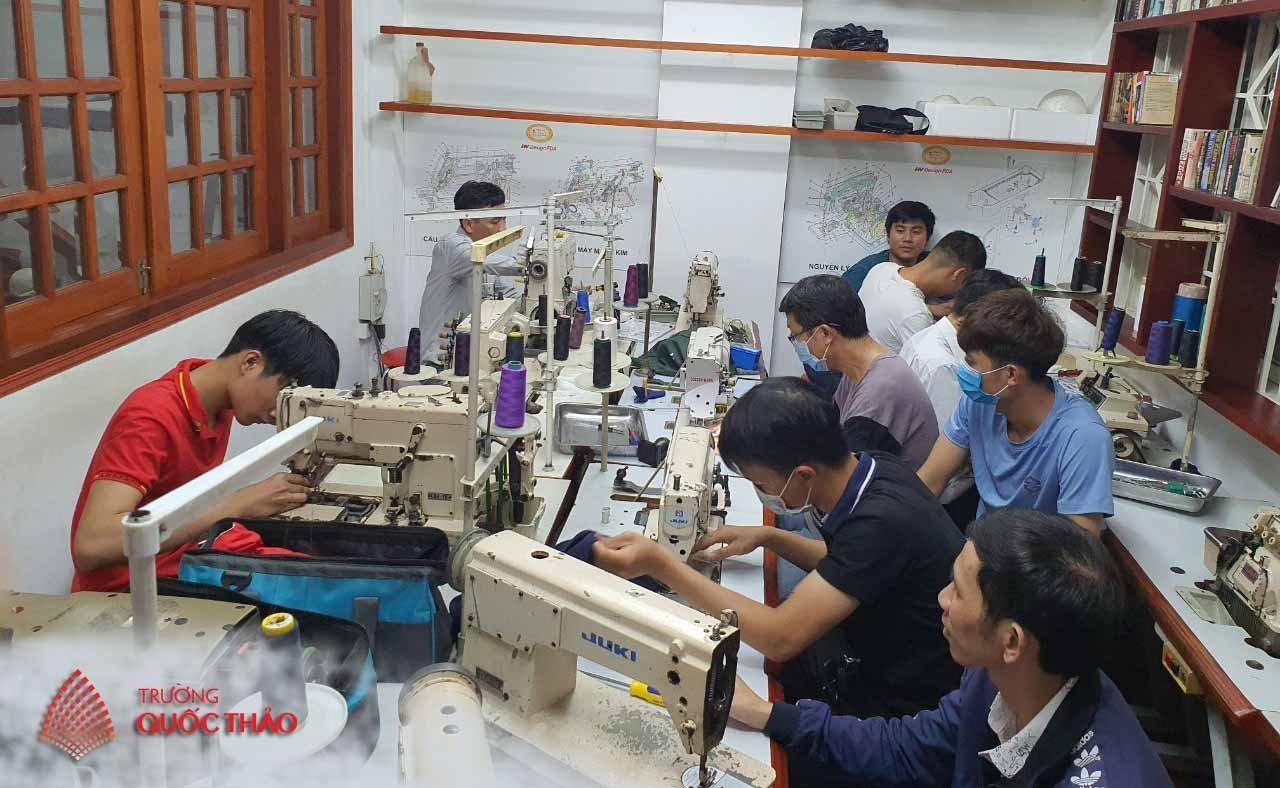Lớp bảo trì máy may công nghiệp tại TP HCM