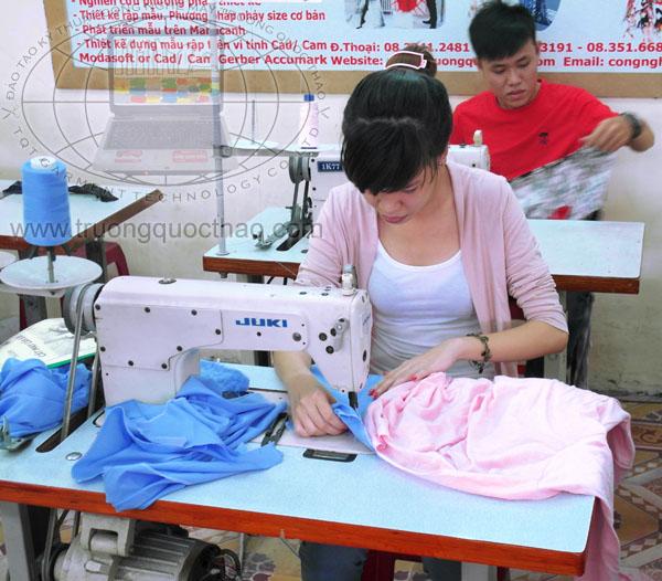 Dạy cắt may hoàn thành sản phẩm áo sơ mi quần tây uy tín