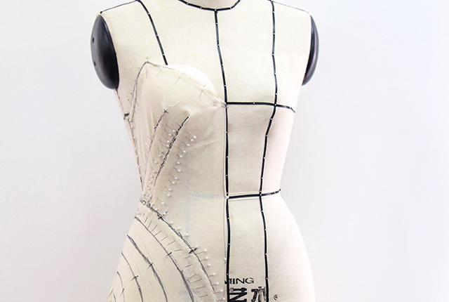 Quá trình Draping một chiếc đầm thời trang cao cấp