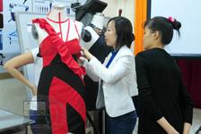 Lớp Thiết Kế Rập Nhựa 3D trên Mannequin năm 2012